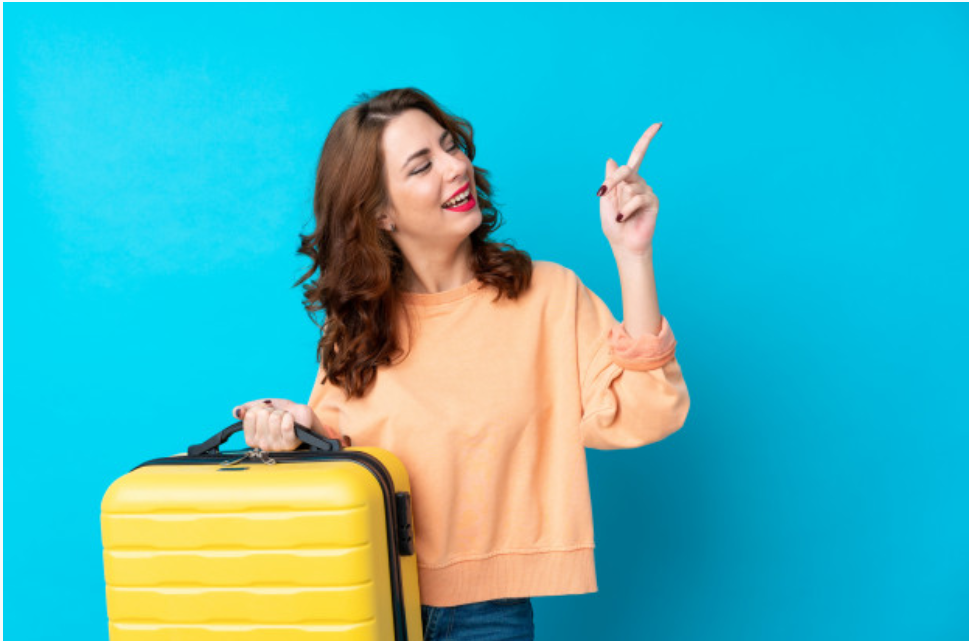 """""""Taking the Stress Out of Holiday Travel with These Travel Tips"""""""
